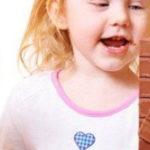 Фото, причины и лечение диатеза на щеках у ребенка